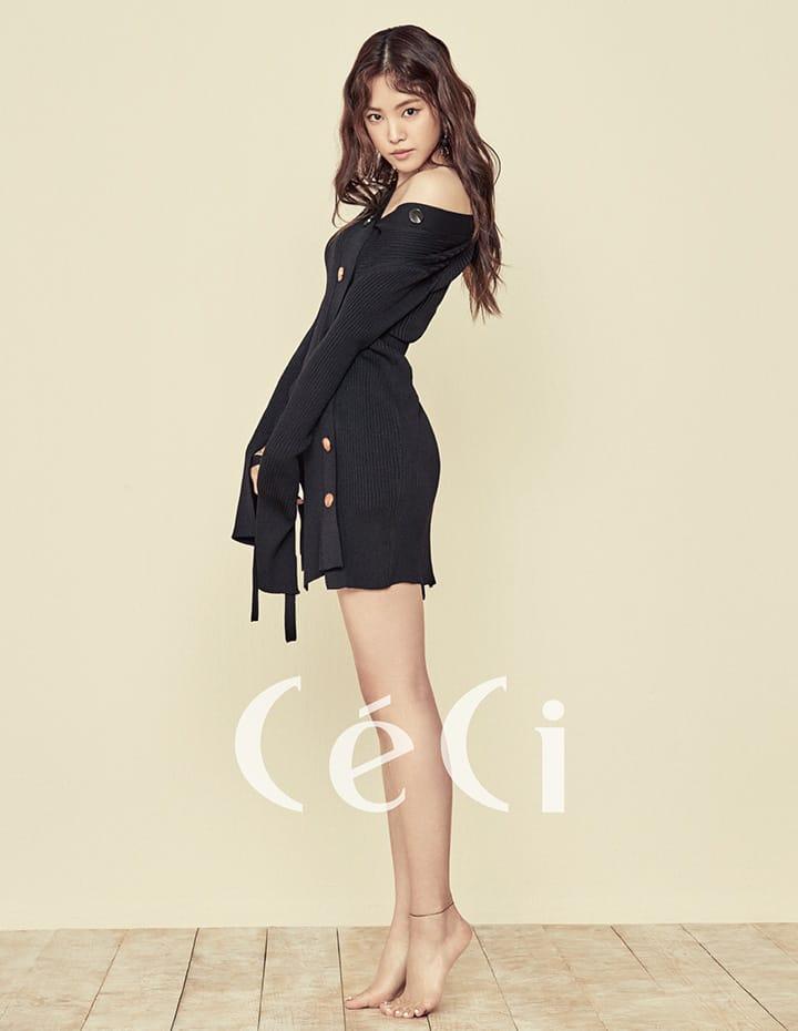블랙 컬러 언밸런스 커팅 톱 유돈초이 Eudon Choi 쇼츠는 스타일리스트 소장품.