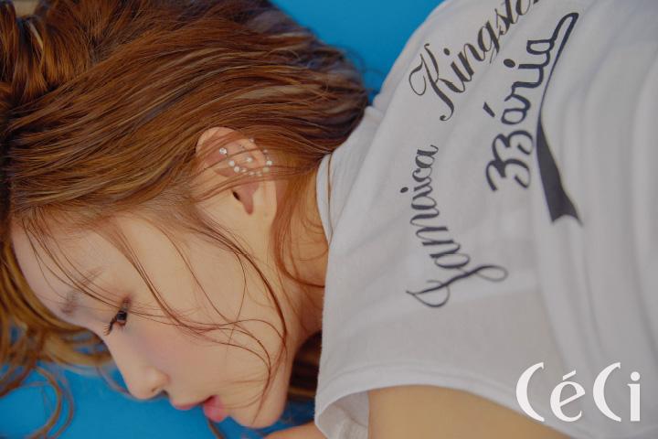 레터링 티셔츠 제곱 X2 이어링은 본인 소장품